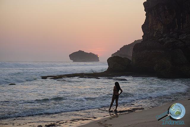 Pacitan Indonesia  city photos : sunset beach pacitan indonesia