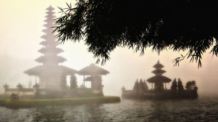 ulun Danu on a misty day