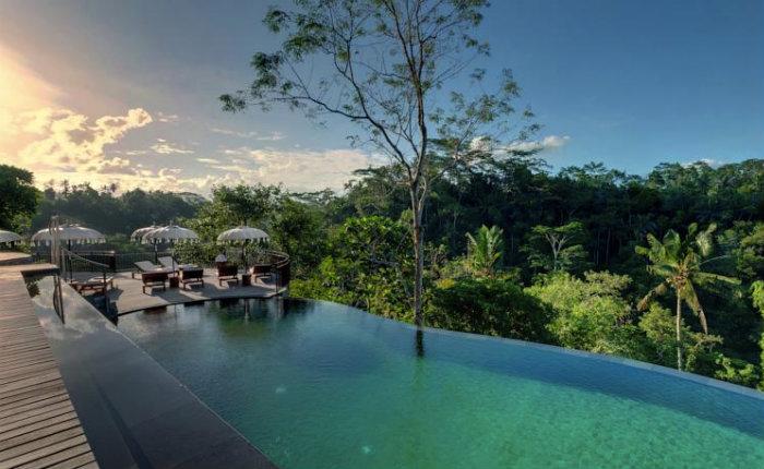 7 luxury resorts in ubud with amazing infinity pools and for Infinity pool ubud