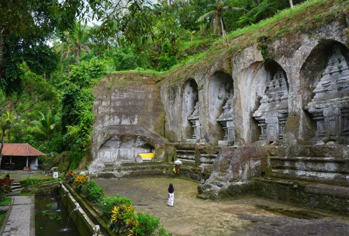 rock temple gunung kawi bali