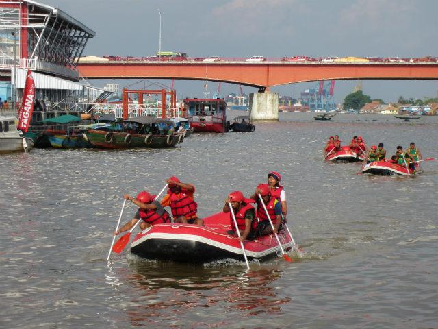 musi triboatton river boat