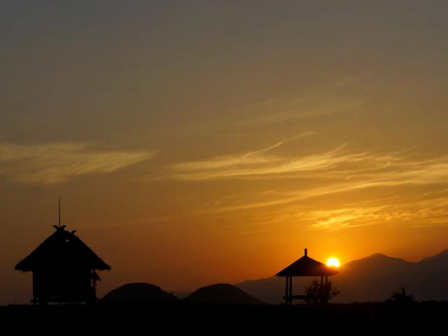 sunrise in kenawa island