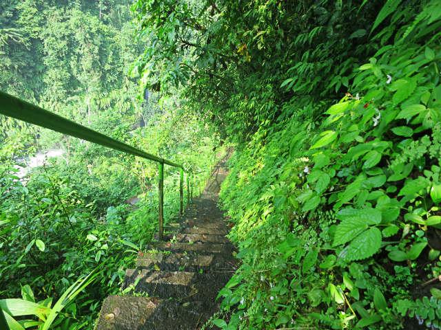 sekumpul waterfall singaraja
