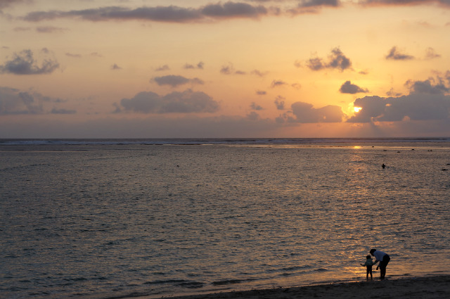 sumbawa sunset at maluk beach