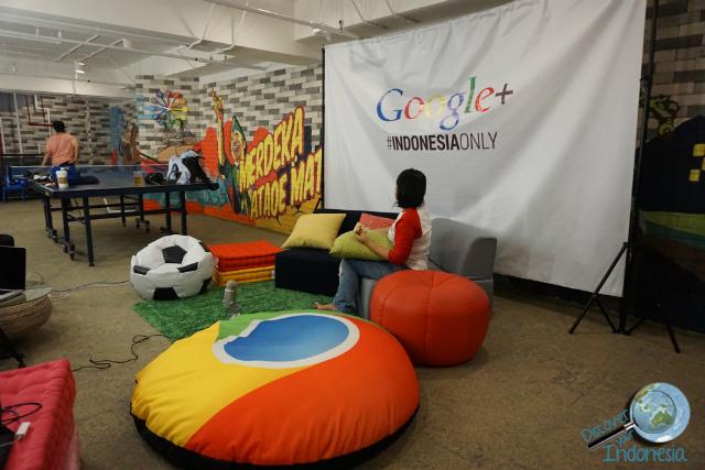 set google hangout on air