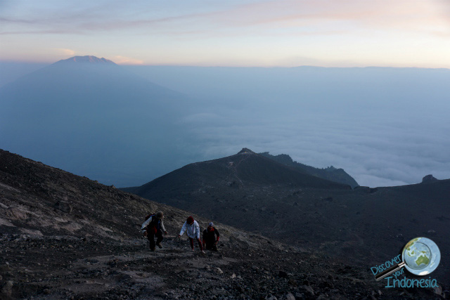 hiking merapi volcano indonesia