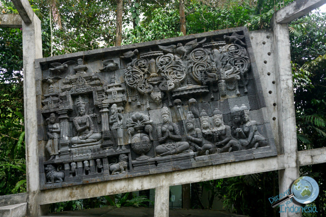 temple wall at Ullen sentalu