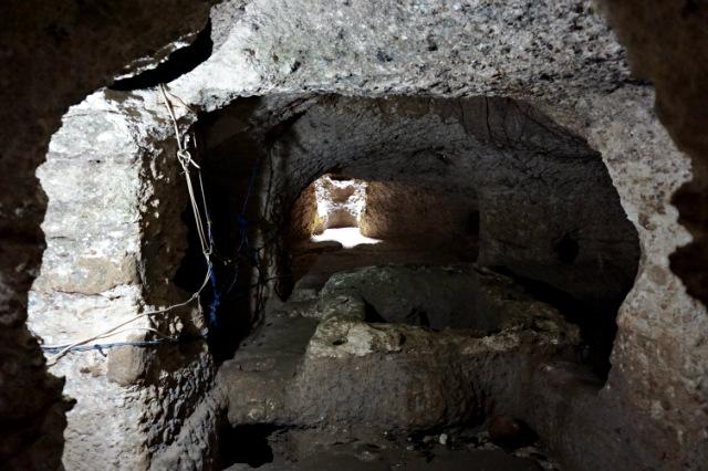 well at Underground House of Nusa Lembongan