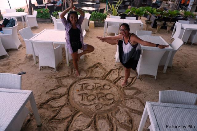 playing with sands toro toro