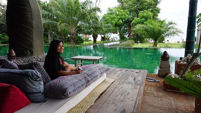 chill out at Bale Kokok Pletok