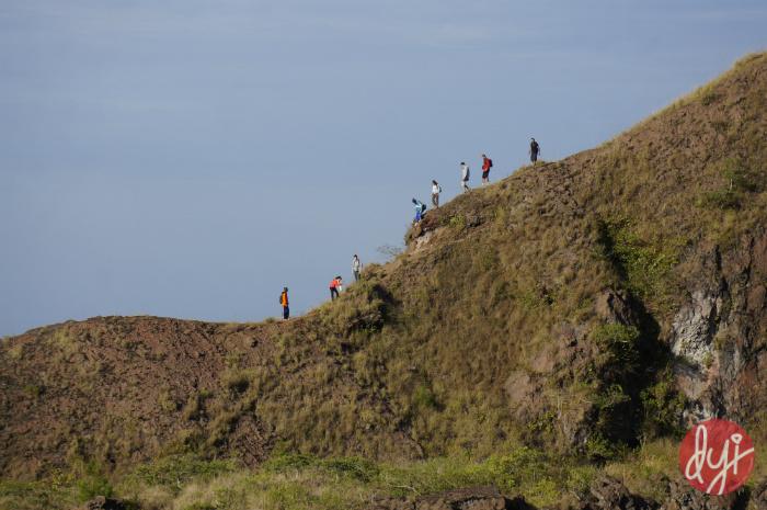 organising trekking to Mount Batur Bali
