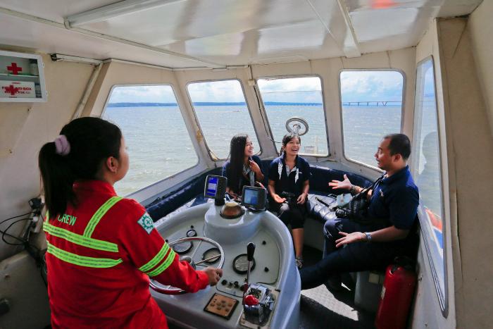Armata III harbour fun cruise