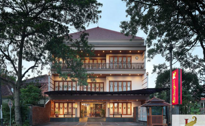 Kertanegara Premium Guest House Malang Discover Your Indonesia
