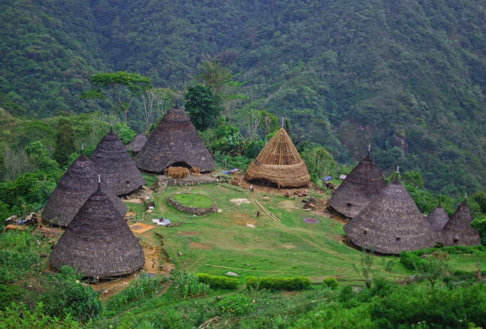 wae-rebo-village-in-flores
