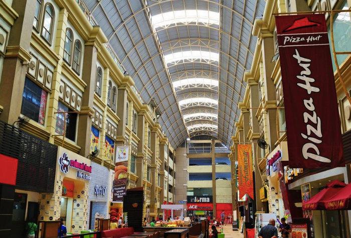 Nagoya Hill Mall in Batam.